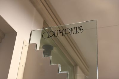Crumpets sign